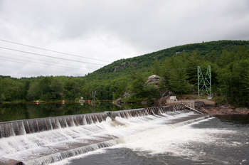 Hydropower plant - Photo credit: Public Domain Photos / Foter / Creative Commons Attribution 2.0 Generic (CC BY 2.0)