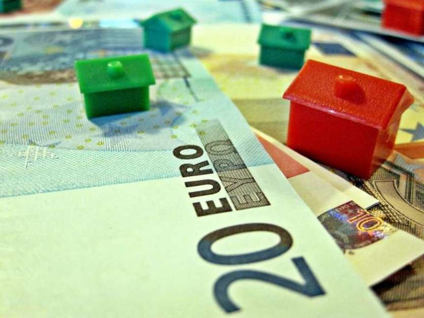 Mutuo prima casa - Photo credit: Images_of_Money / Foter / Creative Commons Attribution 2.0 Generic (CC BY 2.0)