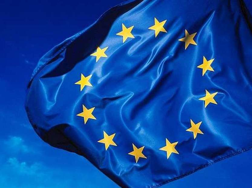 Eu flag - Photo credit: rockcohen / Foter / Creative Commons Attribution 2.0 Generic (CC BY 2.0)