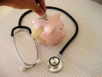 Health insurance - Photo credit: 401(K) 2013 / Foter / Creative Commons Attribution-ShareAlike 2.0 Generic (CC BY-SA 2.0)