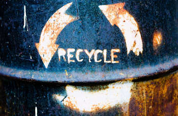 Recycle - Photo credit: Thomas Hawk / Foter / CC BY-NC