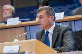 Hearings of candidate commissioners: Andrus Ansip under scrutiny at the European Parliament