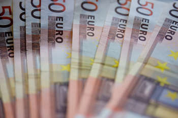 Euro banknotes - Photo credit: snorski / Foter / Creative Commons Attribution-NonCommercial-ShareAlike 2.0 Generic (CC BY-NC-SA 2.0)