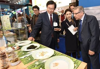 Commissario Vella a SeaFood Expo Global 2015