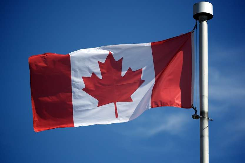 Canadian flag - Photo credit: jeff.smith via Small Kitchen / CC BY-NC