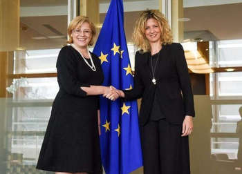 Cretu e Lezzi - © European Union, 2018/Photo: Jennifer Jacquemart