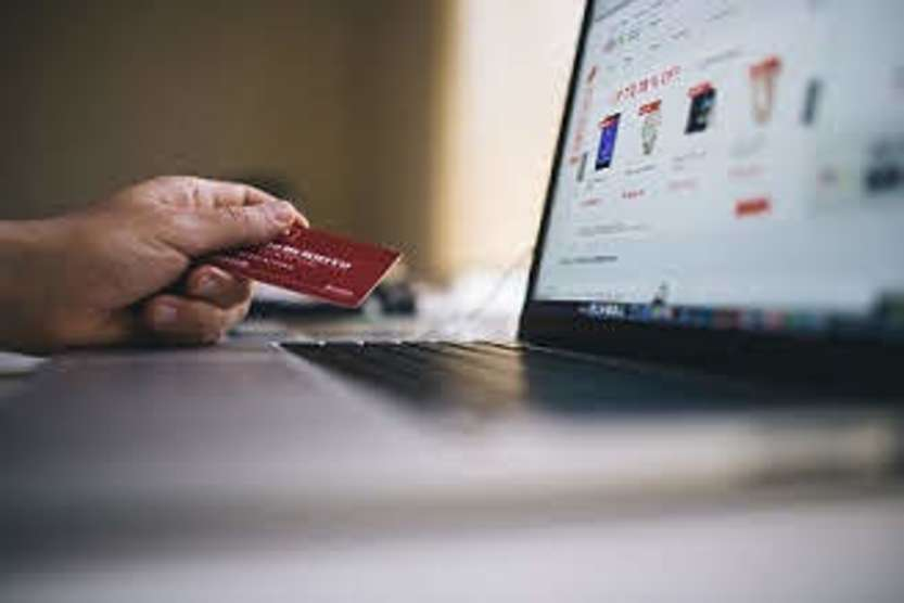 E-commerce Made in Italy - photo credit: StockSnap