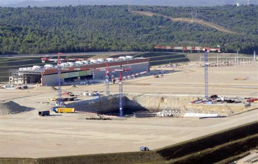 Aerial view of the ITER construction site, September 2011 © Altivue/ITER Organization