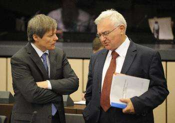 Dacian Cioloş e John Dalli - Credit © European Union, 2011